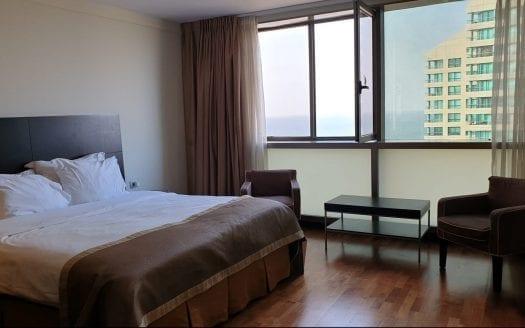 חדר שינה בדירת סטודיו