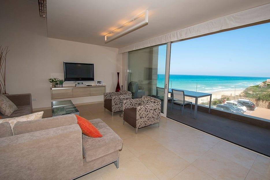 Apartment In Herzliya Pituach For Sale